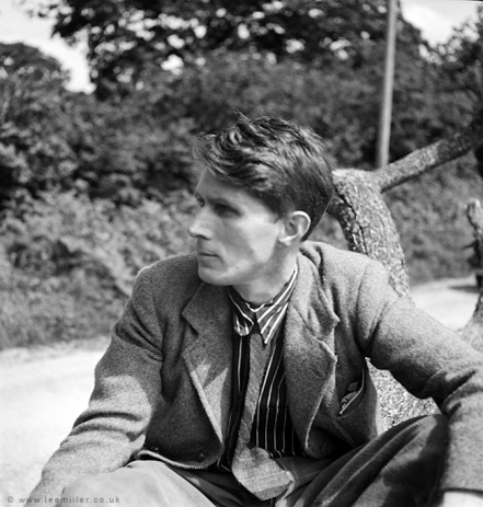 Roland Penrose, Cornwall, 1937, A0741web (3)
